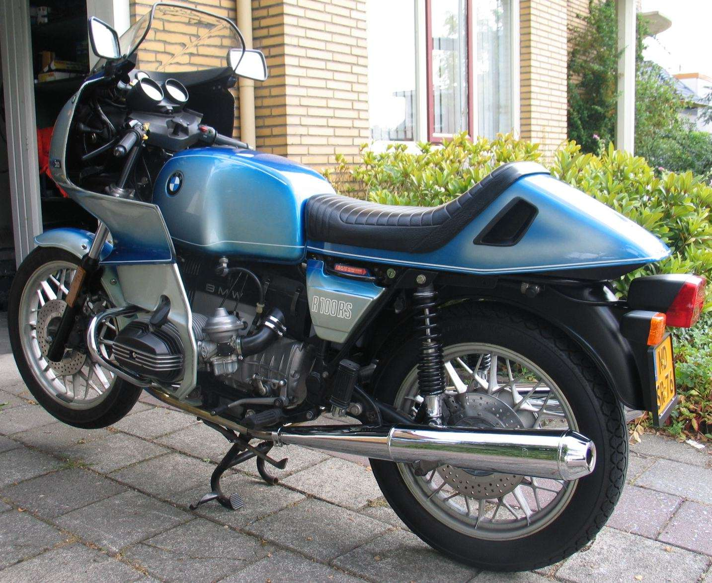 How Would You Modernize An R100rs