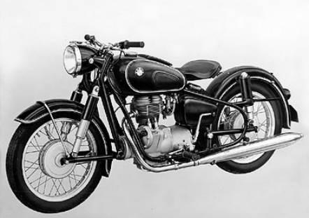 Cari motor antik bmw